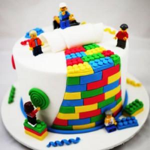 کیک تولد گرد فانتزی