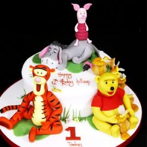 کیک تولد دخترانه شخصیت کارتونی