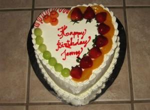 مدل کیک تولد میوه ای