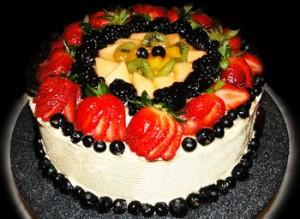 کیک تولد میوه ای