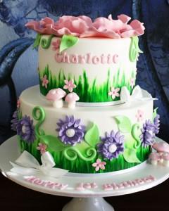 کیک تولدزیبادخترانه