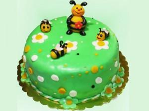 کیک تولدزنبوری بچگانه