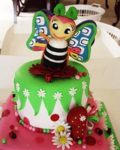 کیک تولدشیک وفانتزی