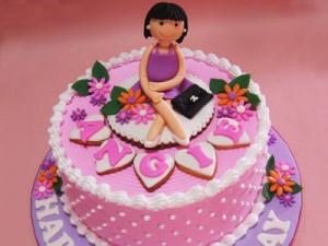 کیک تولد مدل گرد بچگانه