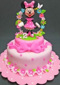 کیک تولدصورتی دخترانه