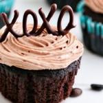 تزیین کیک تولد با شکلات مدل دار