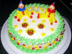 کیک تولدبچه گانه گردزیبا