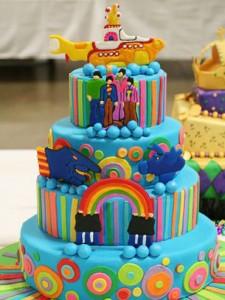 کیک تولددخترانه رنگین کمان