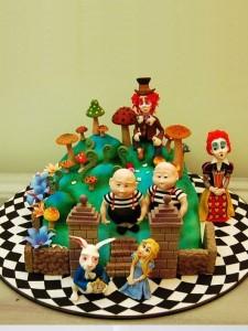 کیک تولدکارتونی