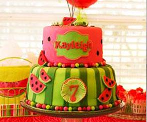 کیک با تزیین هندوانه