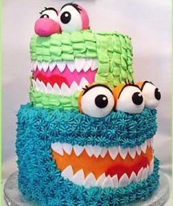 کیک تولدبا خامه
