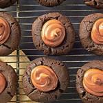 طرز تهیه شیرینی شکلاتی کره بادام زمینی